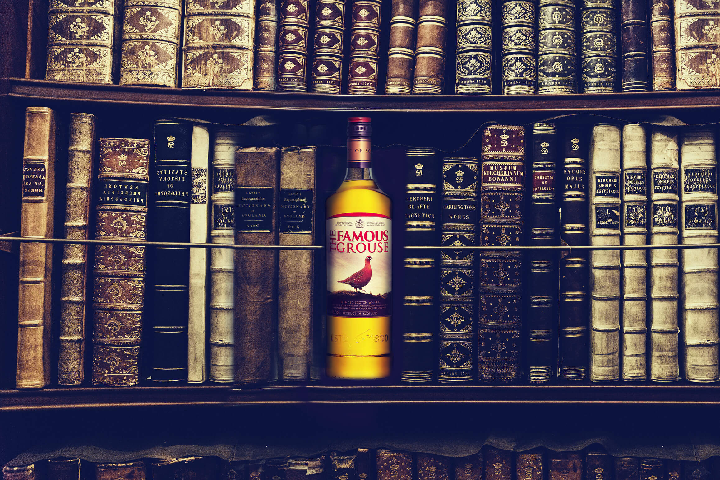 book-shelf-facebook-Famous-grouse-2